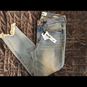 NWT William Rast perfect skinny jeans size 29